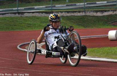 Competitive handcyclist helps raise funds for charities