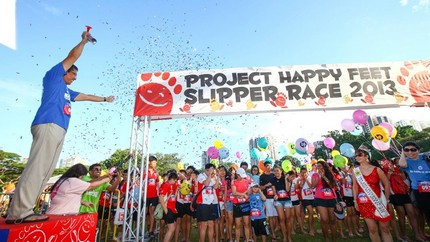 Project Happy Feet draws some 2,000 participants