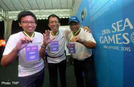 SEA Games volunteers step forward