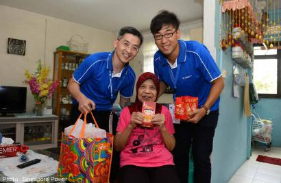 Singapore Power treats elderly beneficiaries to festive lunch and goodie packs