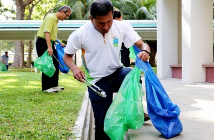 360 volunteers go on litter-picking mission in Bedok