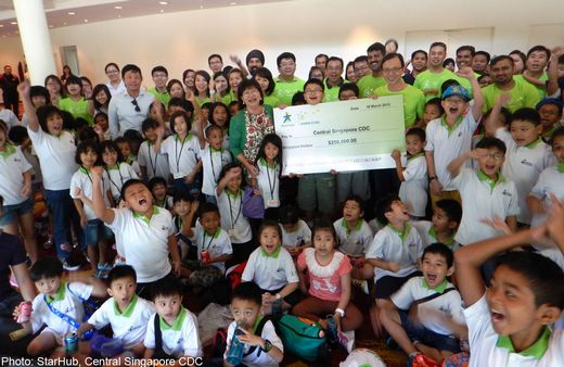 StarHub and Central Singapore CDC team up to help children from low-income families